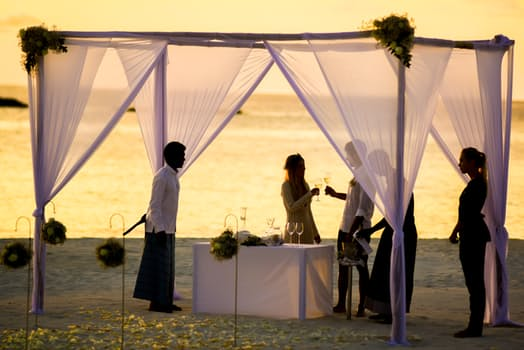 Essential Advice for Your Enchanted Beach Wedding in Ireland